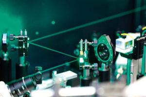 Laserové vyklepávání (LSP)